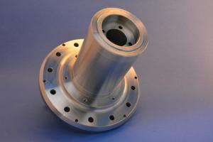 Metall_Achse_schraeg_CNC_Fäsen_1_DSC_750x500