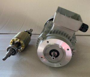 Motorwelle abgedreht im Reparaturservice